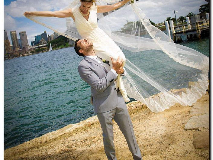 Beautiful Bride and Groom Wedding Pictures