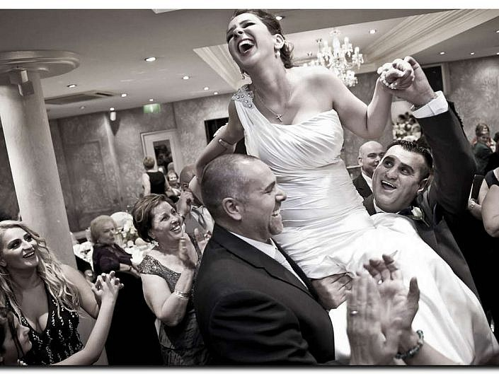 Stunning Bride and Groom Pictures