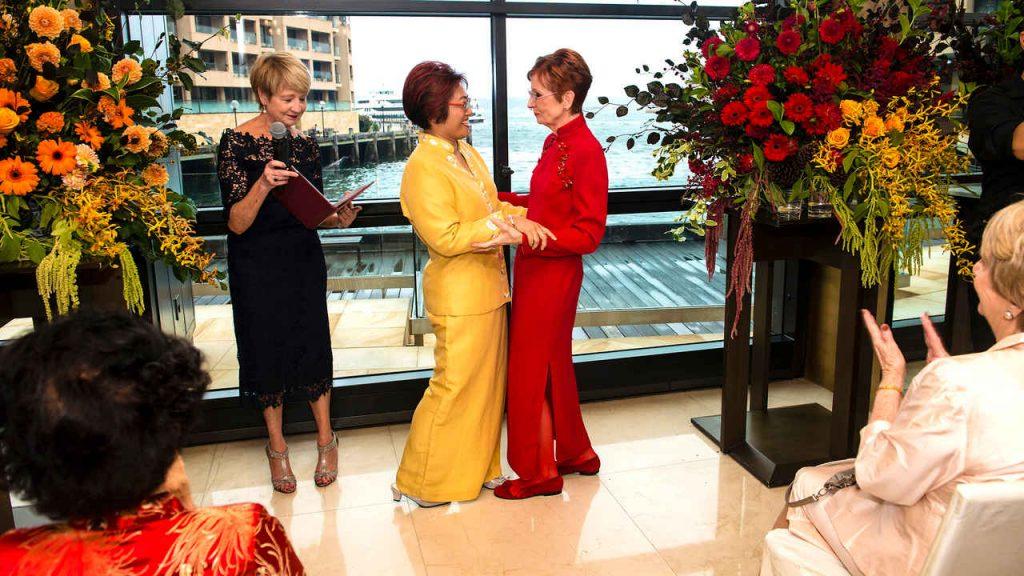 2 brides wedding at park hyatt